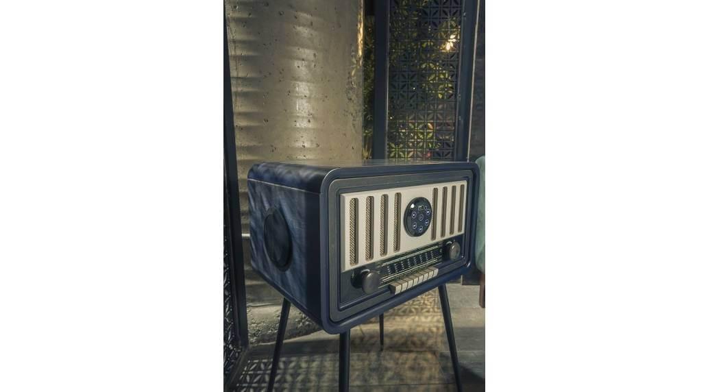 שולחן סלוני Radio